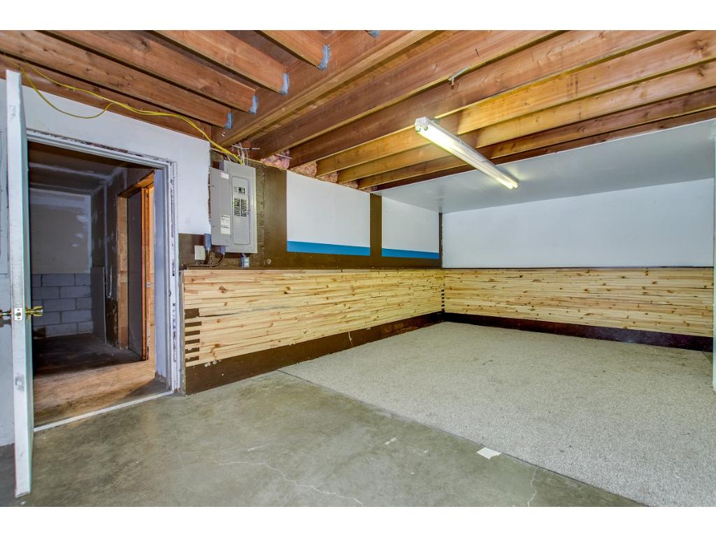This space inside the garage/shop was being used as an office but could be opened up.