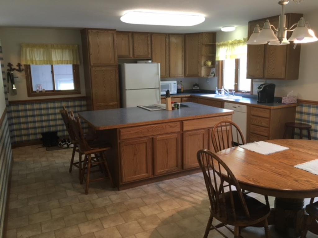 Large kitchen with center island.