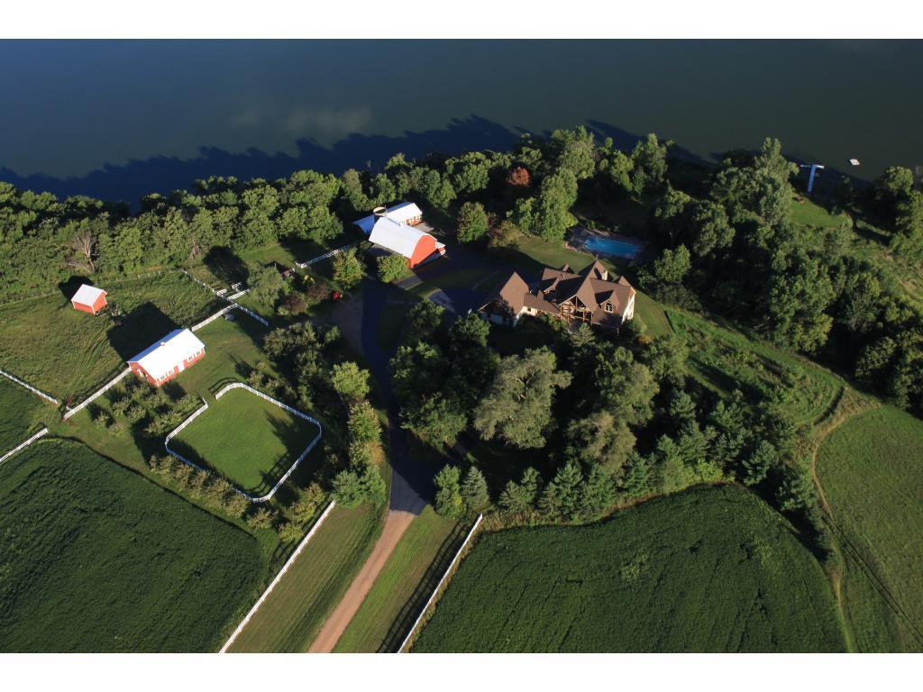 Mudd Lake Lodge & Farm