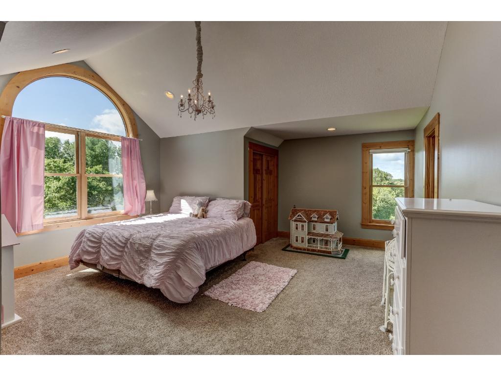 Upper Level Bedroom Suite
