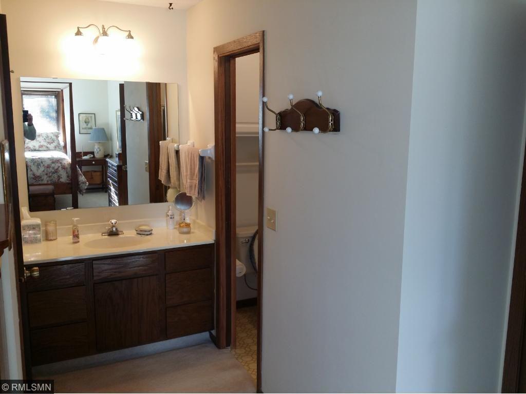 Larger BR Vanity & 3/4 Bath