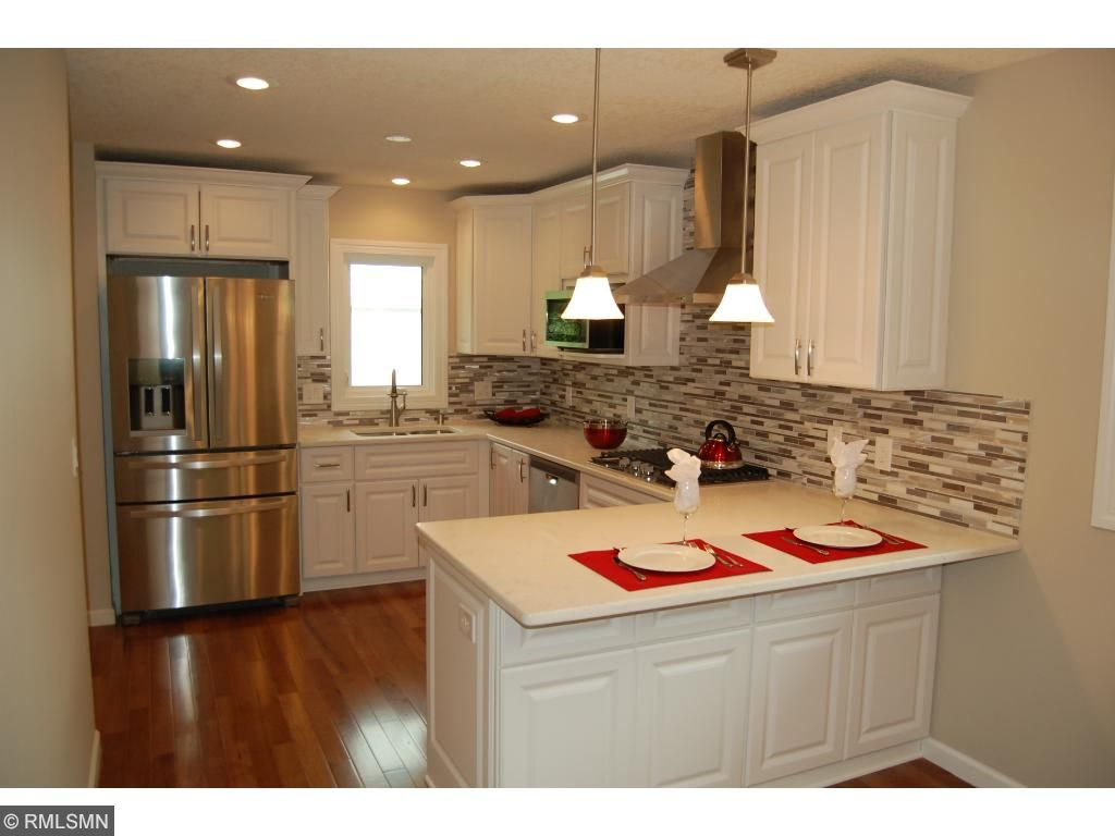 Spectacular remodel with bright & open kitchen features high end SS. Appliances, Quartz counters and stunning cabinetry!