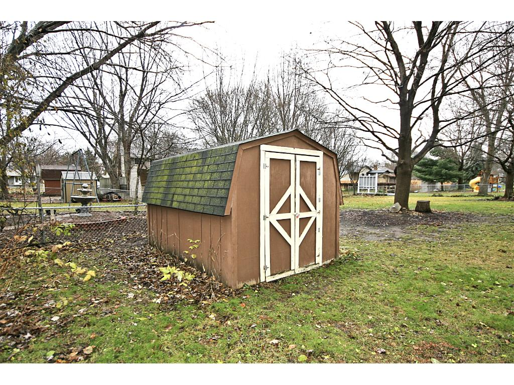 Utility shed great for storing all those outdoor toys!