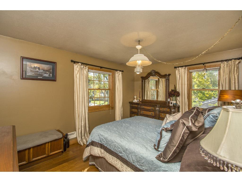 Upper level master bedroom is large enough for all your furniture.