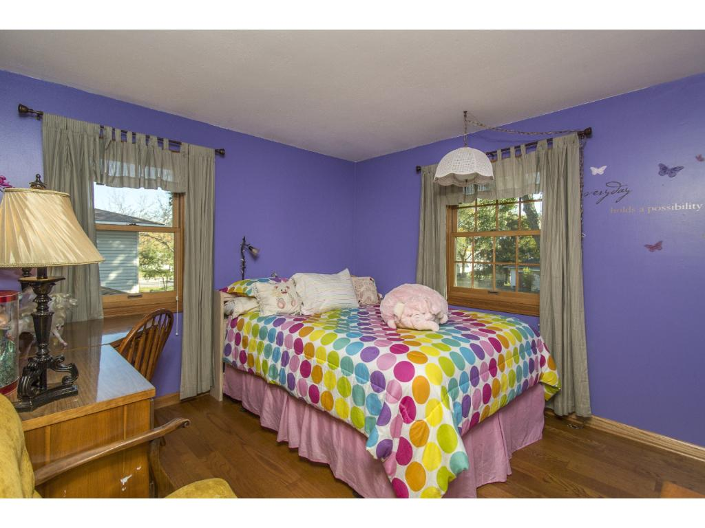 You will enjoy having 3 bedrooms on the upper level.
