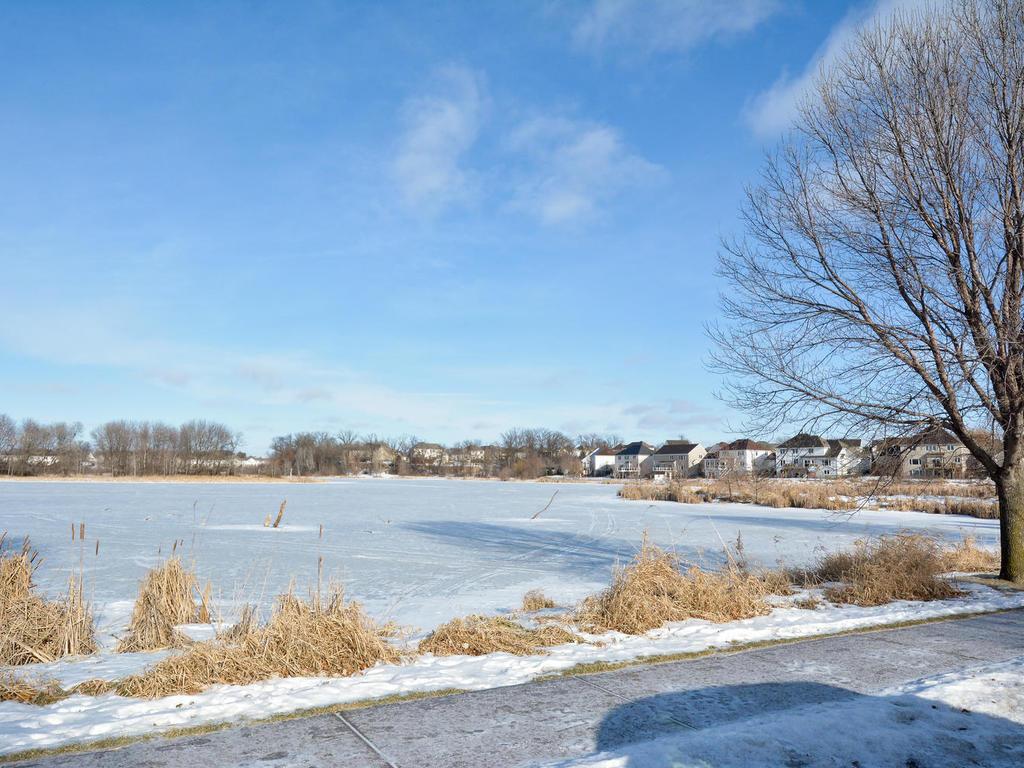 Y Elk River Mn 10910 181st Lan...