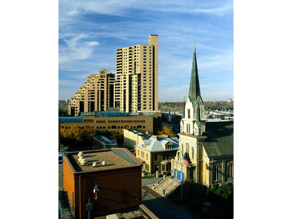 Bird's eye view of the Falls Pinnacle Condominiums