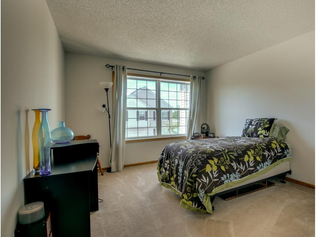 2nd bedroom in the upper level