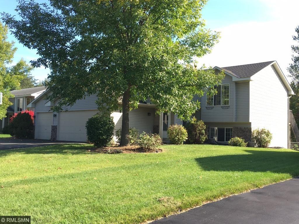 1121 Scott Street - Welcome home!