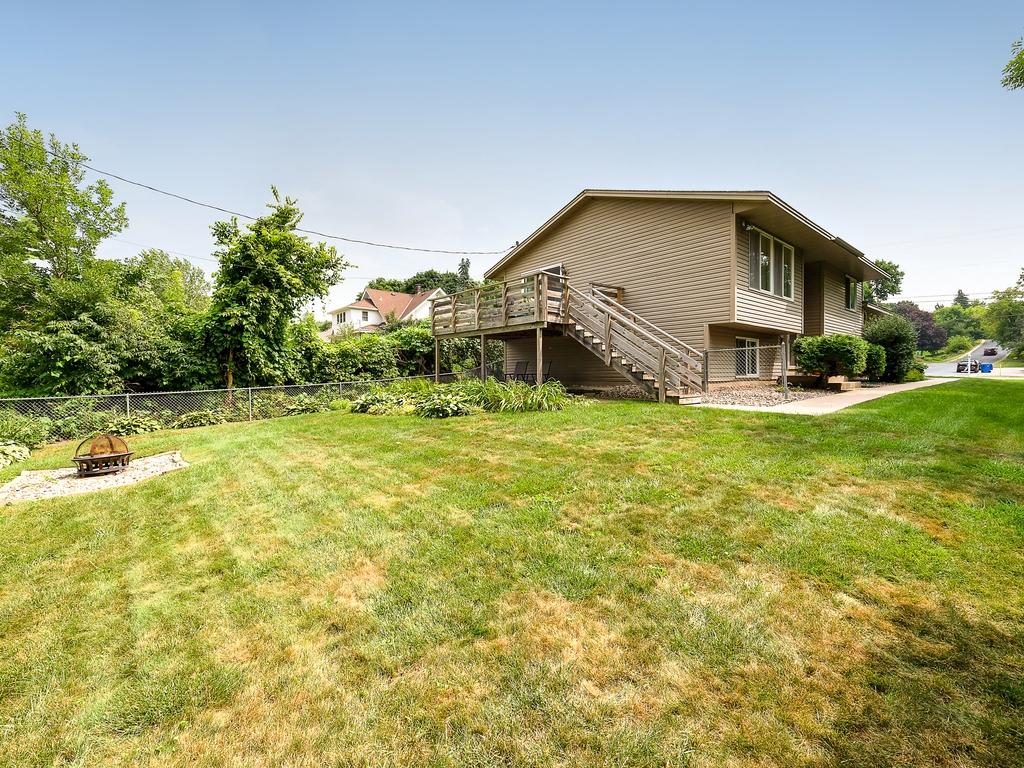 1123 Dodd Road Mendota Heights MN 55118 4988408 image1