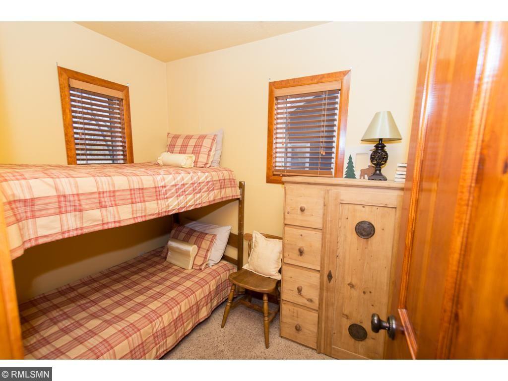 Bunks in 2nd bedroom in the main cabin.