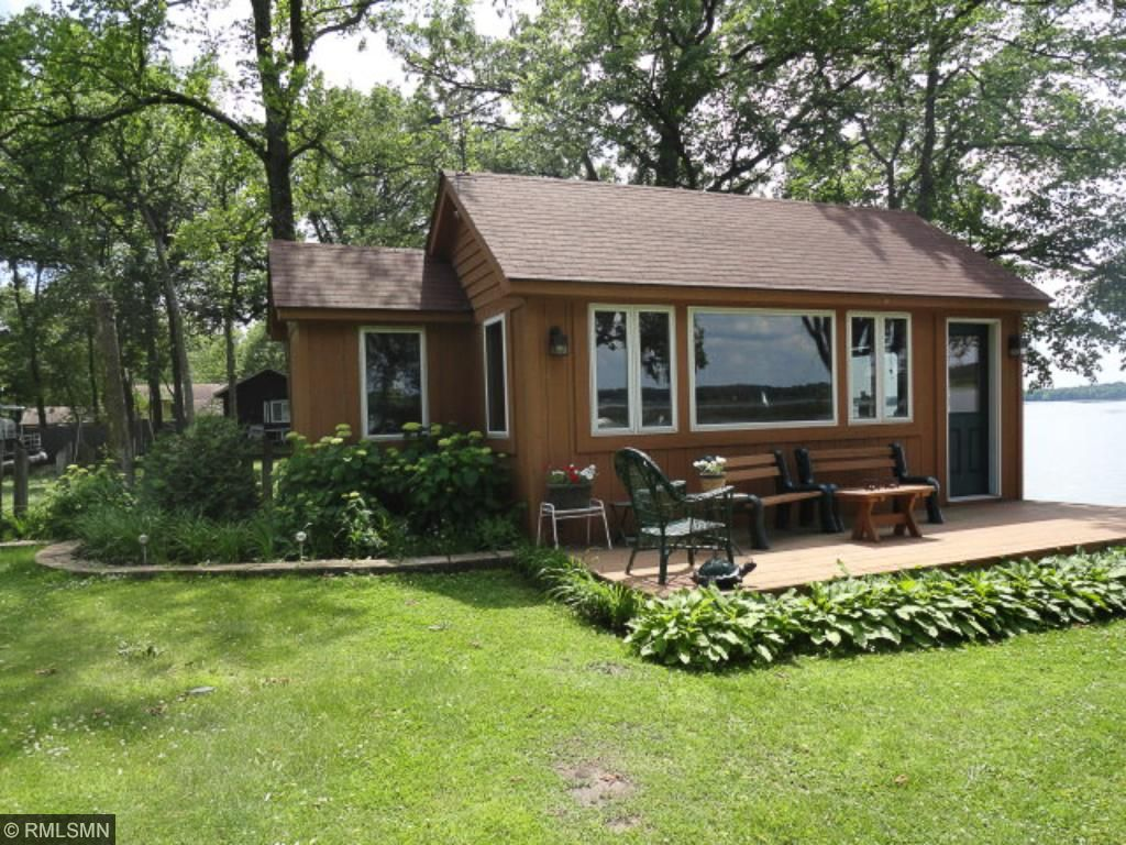 Bunk house sleeping area with 3/4 bath & deck overlooking Clearwater Lake.