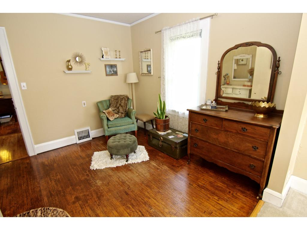 The other half of the master bedroom is perfect for a dressing area, office, TV area or bring your ideas!