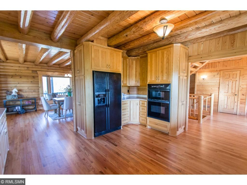 Open floor plan great for entertaining! Custom oak cabinetry and ample storage space.