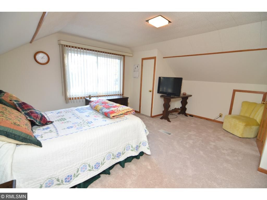 Upper-level Master Suite.