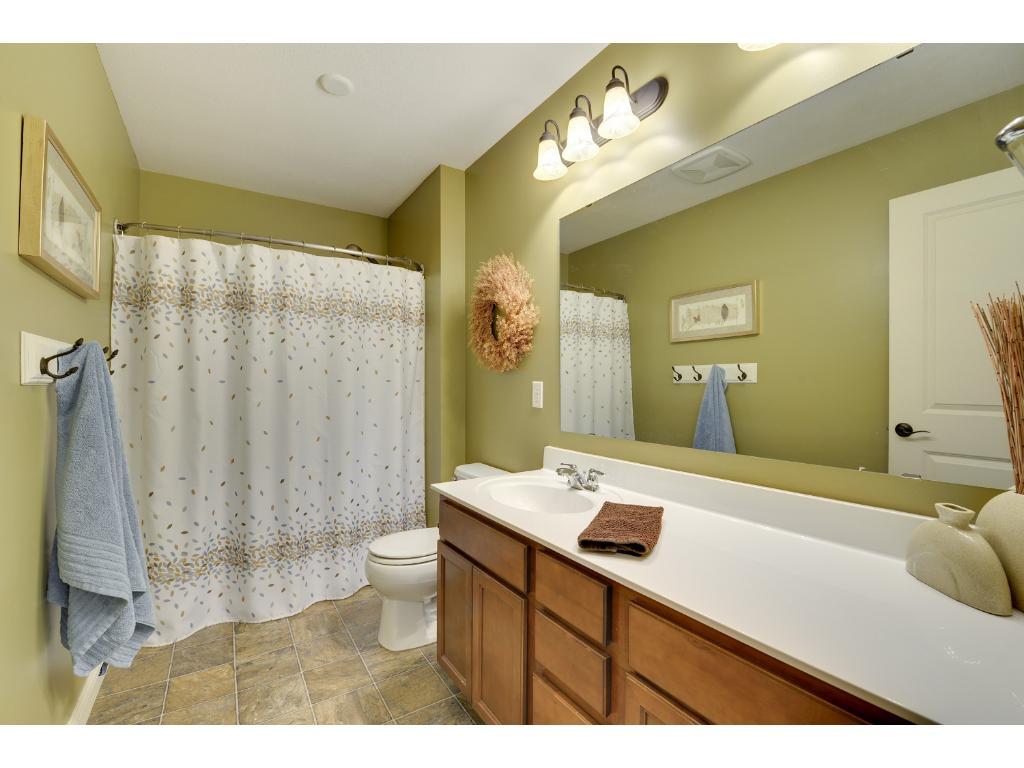 Upper level full bathroom.