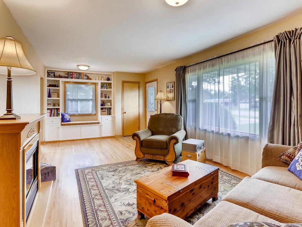 Genial 11641 Crooked Lake Boulevard NW, Coon Rapids, MN 55433 | MLS: 4849268 |  Edina Realty