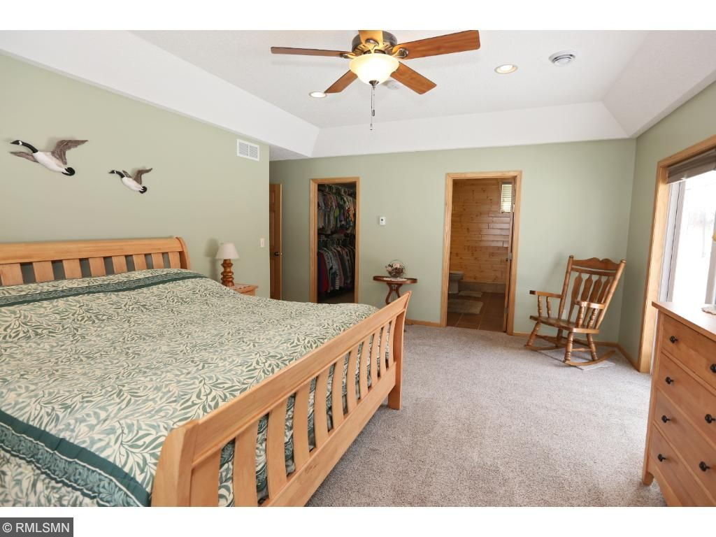 Cabinet And Stone City 11746 Chisago Boulevard Chisago City Mn 55013 Mls 4793568