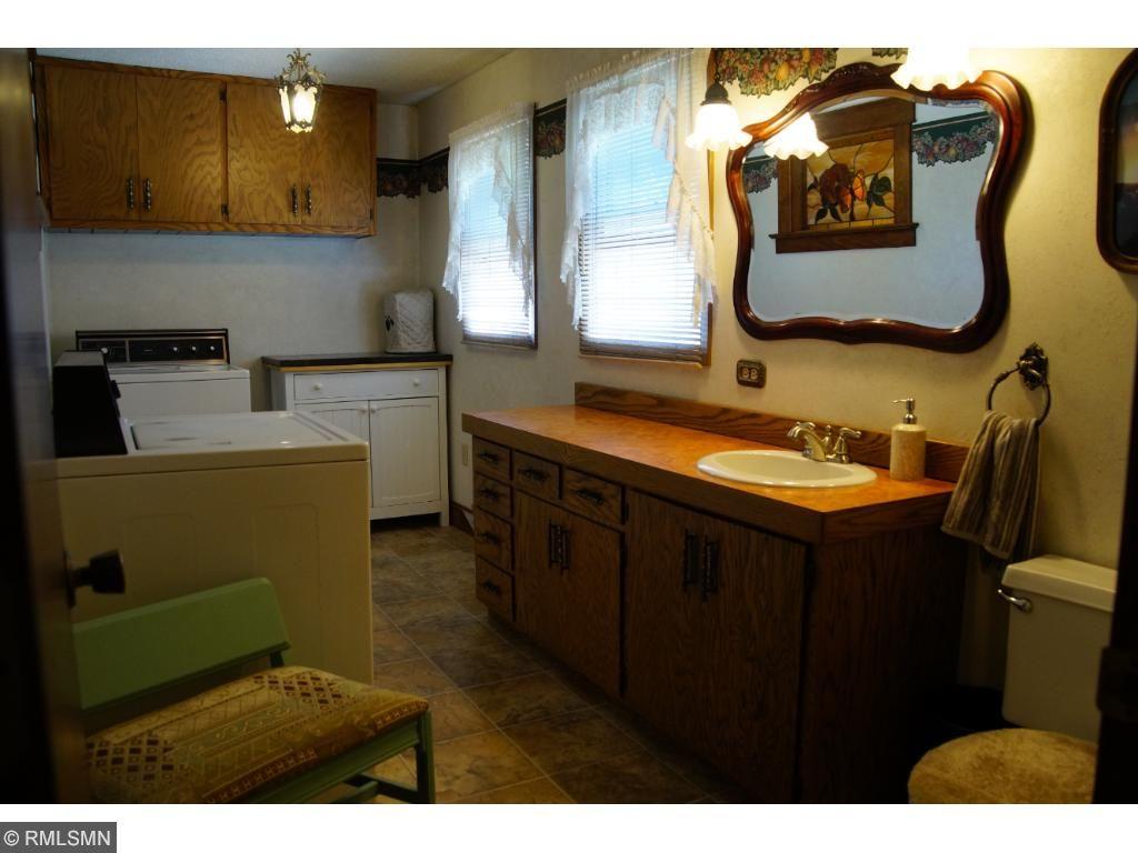 Main Floor 1/2 bath & laundry