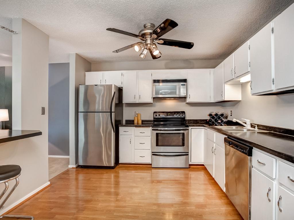 Appliances Minneapolis 121 Washington Avenue S 714 Minneapolis Mn 55401 Mls 4728782