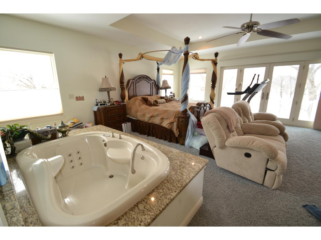 Master Suite with soaking tub