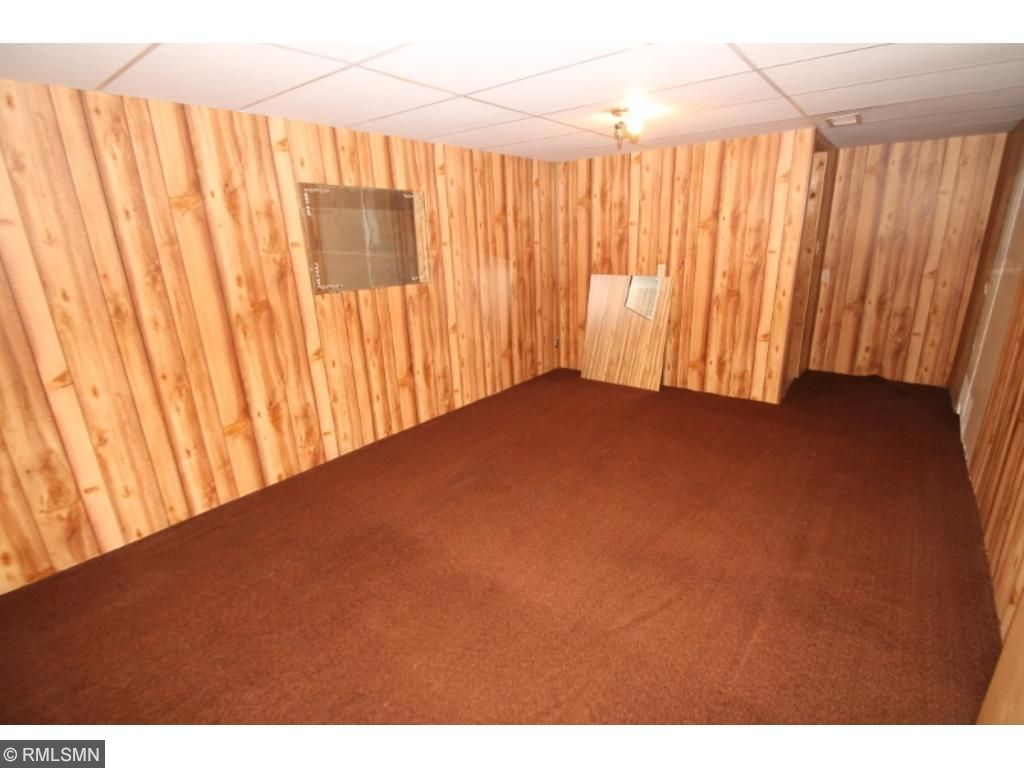 Lower level has play area or ideal spot for home gym...