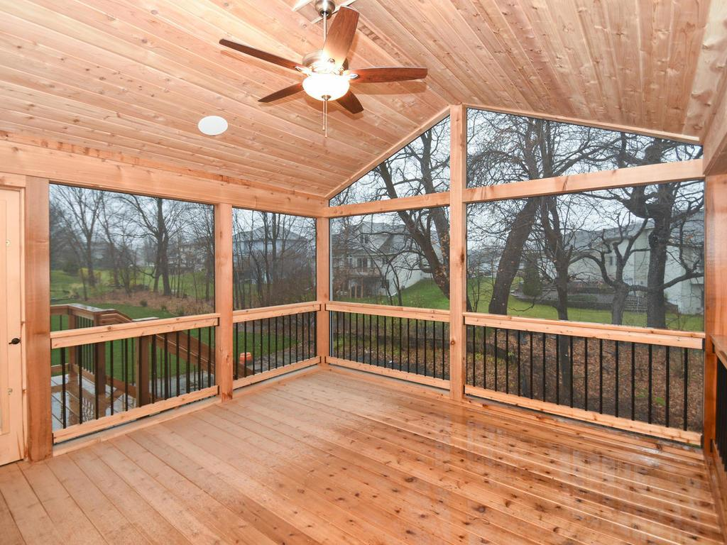 Screen Porch with grilling deck on the side