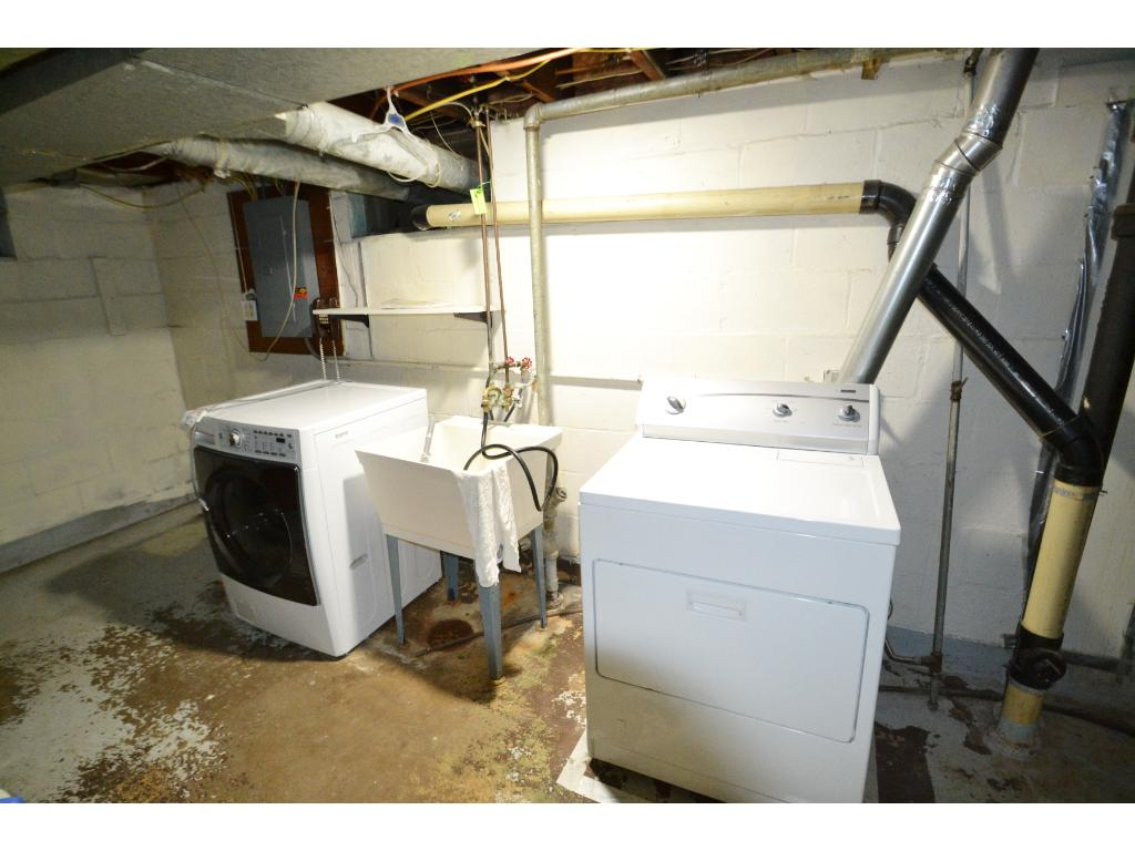 Washer and Dryer with Utility Tub