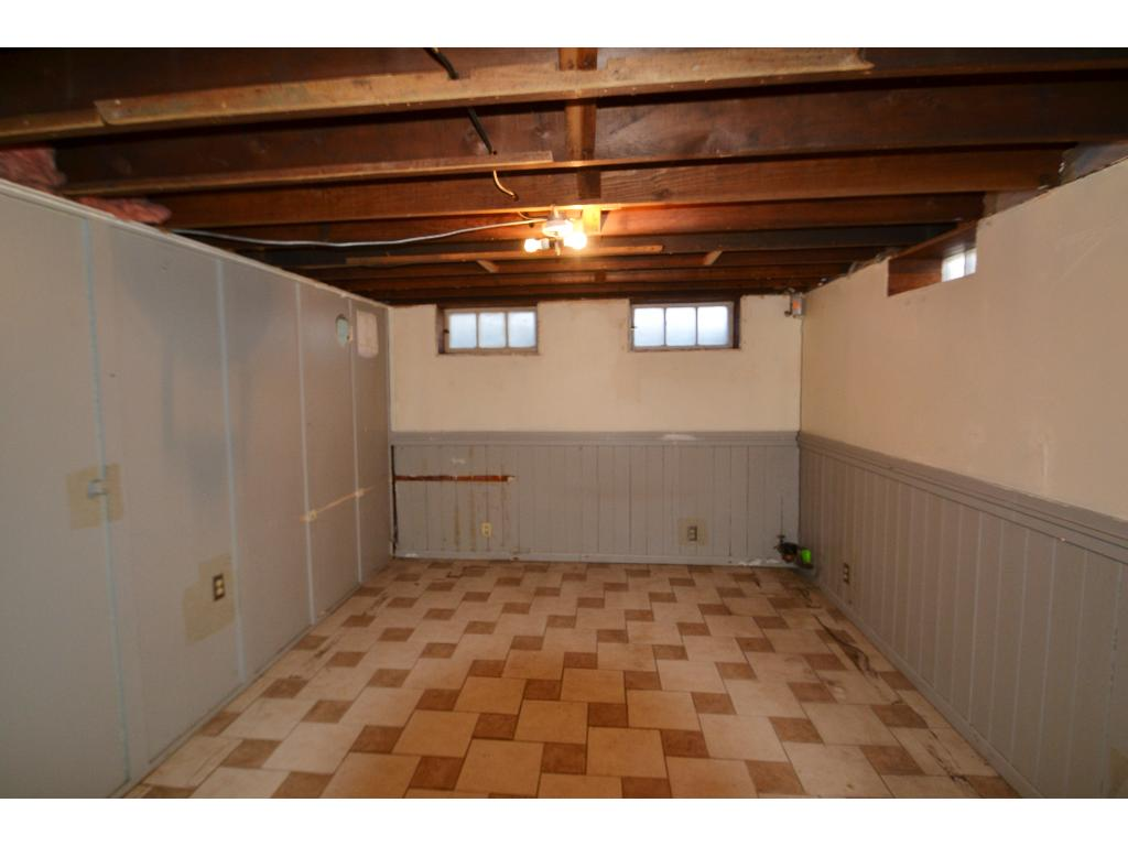 Lower Level room - great for storage