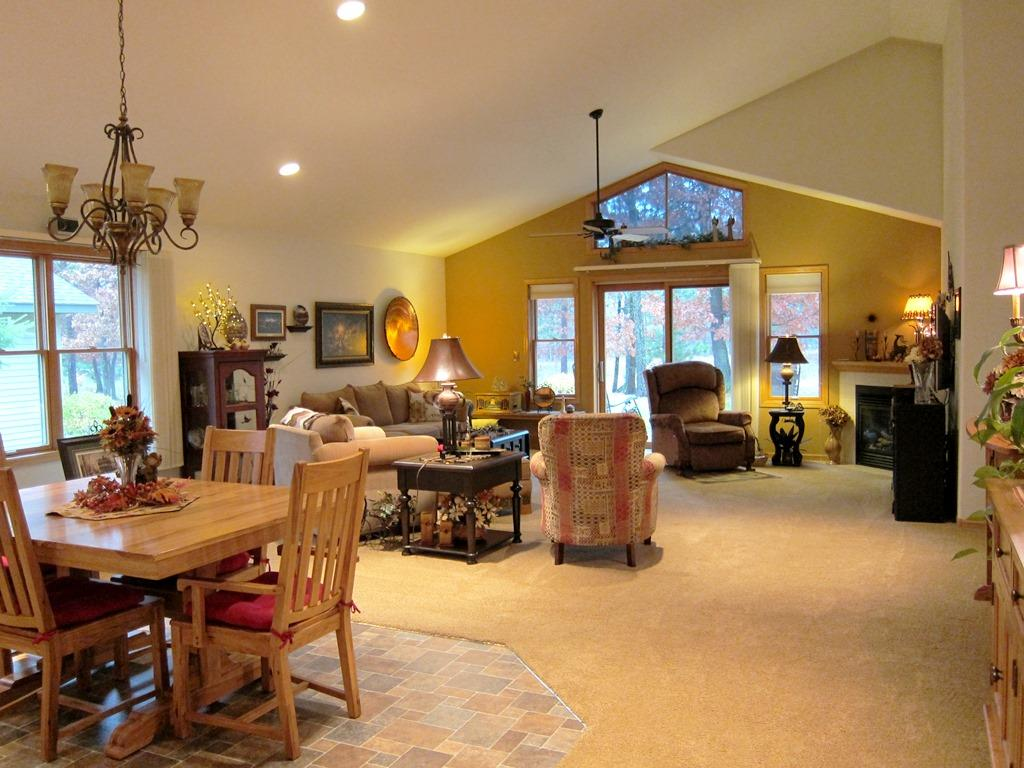 Very Spacious Open Floor Design, Impeccably Clean, Fantastic Decorating and Attention to Detail everywhere you look. Notice the Gorgeous Ceiling Fans!