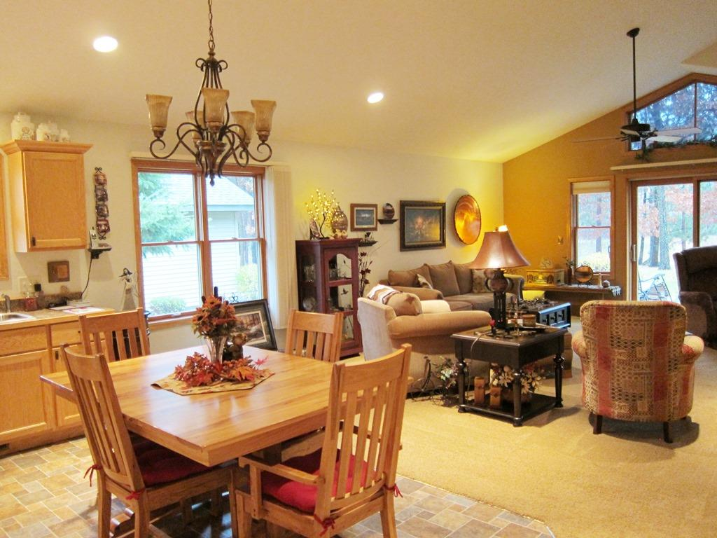 Large Dining Area!