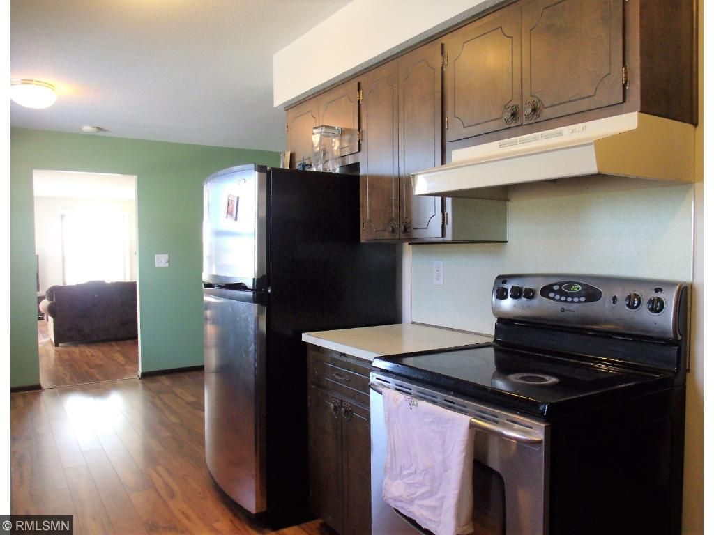 and stainless appliances.