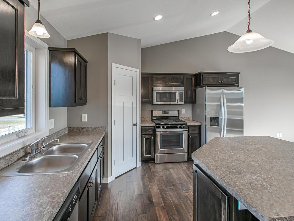 Custom Cabinets throughout!
