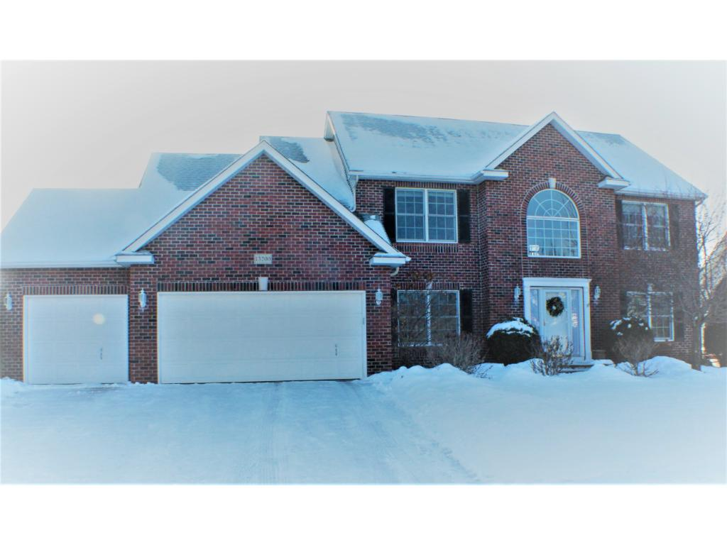Gorgeous DRHorton built, original owners, full brick front, impeccable condition. Okay to show!
