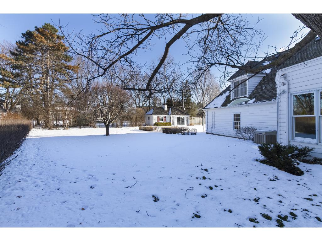 wayzata chat Beautifully renovated 2br 2ba top floor condo in wayzata villas new flooring in kitchen,  ask a question chat with us or call 9529285563 sign in search.