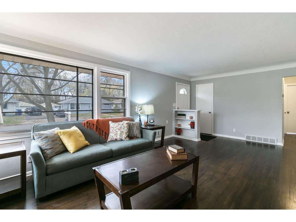 1360 Mcafee Street, Saint Paul, MN 55106 | MLS: 5022097 | Edina Realty