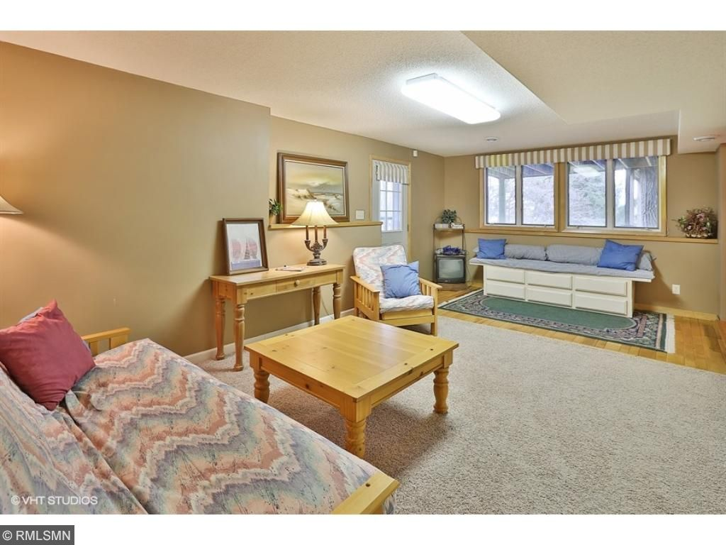 saint croix falls singles Residential property for sale in saint croix falls,wi (mls #4972723) learn more from helgeson & platzke real estate group updates include master bath with walk-in travertine tiled shower.