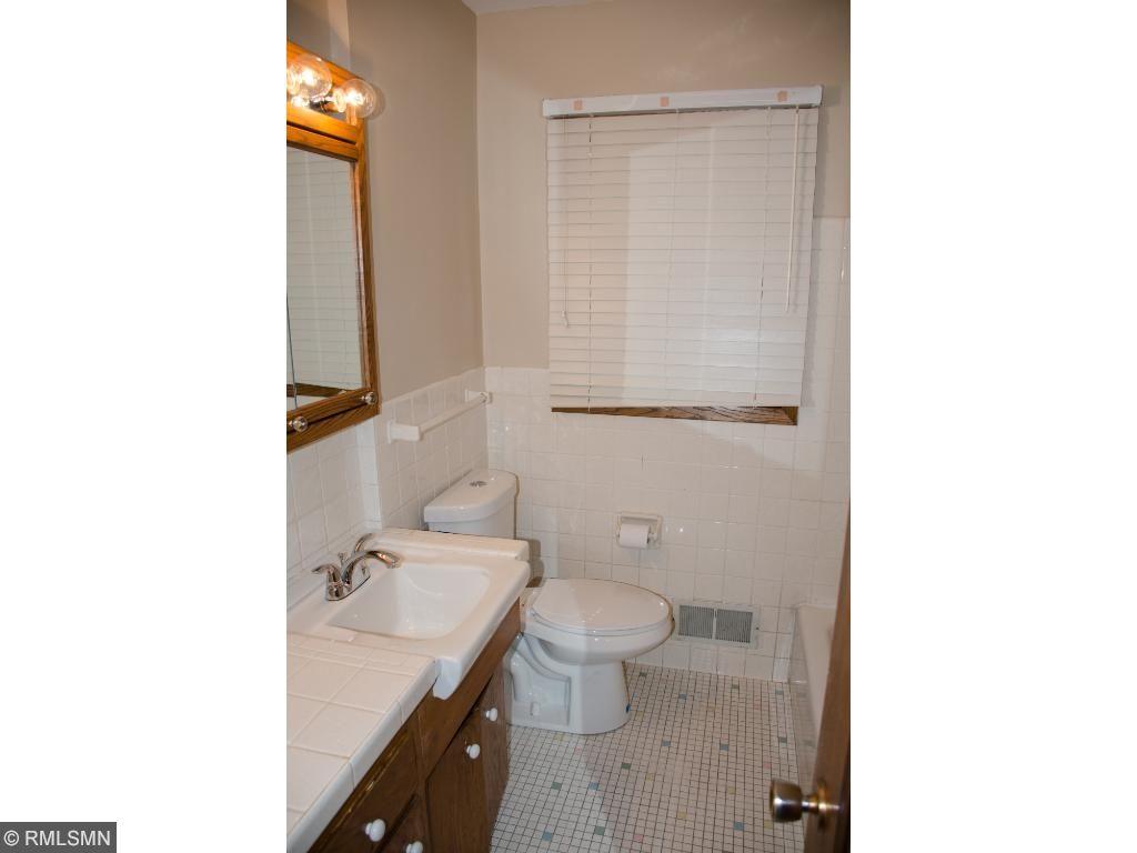 Bathroom - Main Lvel