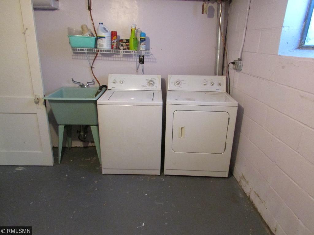 Large Laundry/Storage Room (Lower Level)