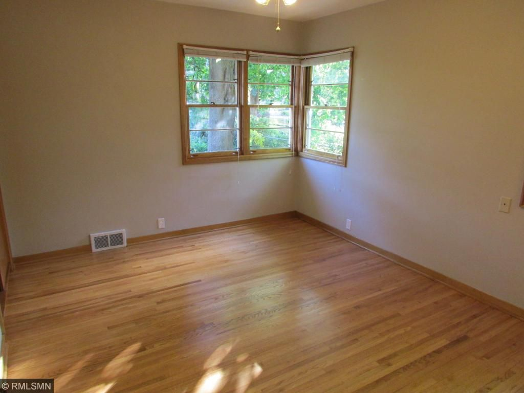 Gleaming Hardwood Floors  w/ 2 Closets!
