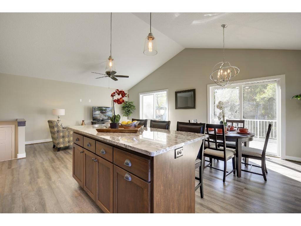 Meadowcroft Homes builds quality. Review each photo caption and discover why Meadowcroft homes delivers quality homes!