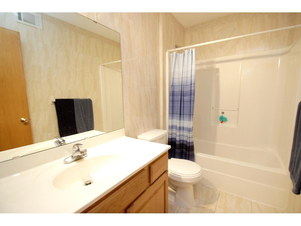Upper level bathroom with a full tub/shower!