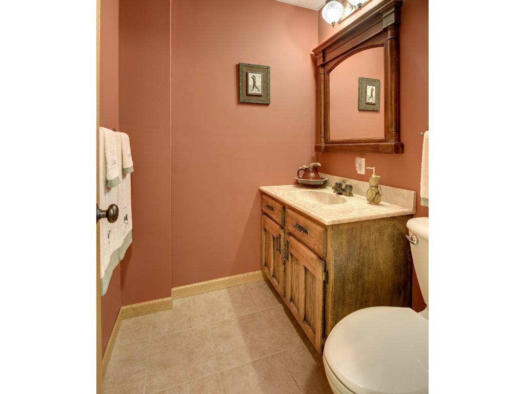 Lower Level 1/2 Bathroom