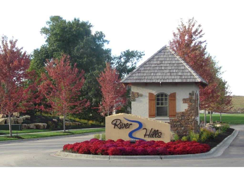 Entrance to River Hills community