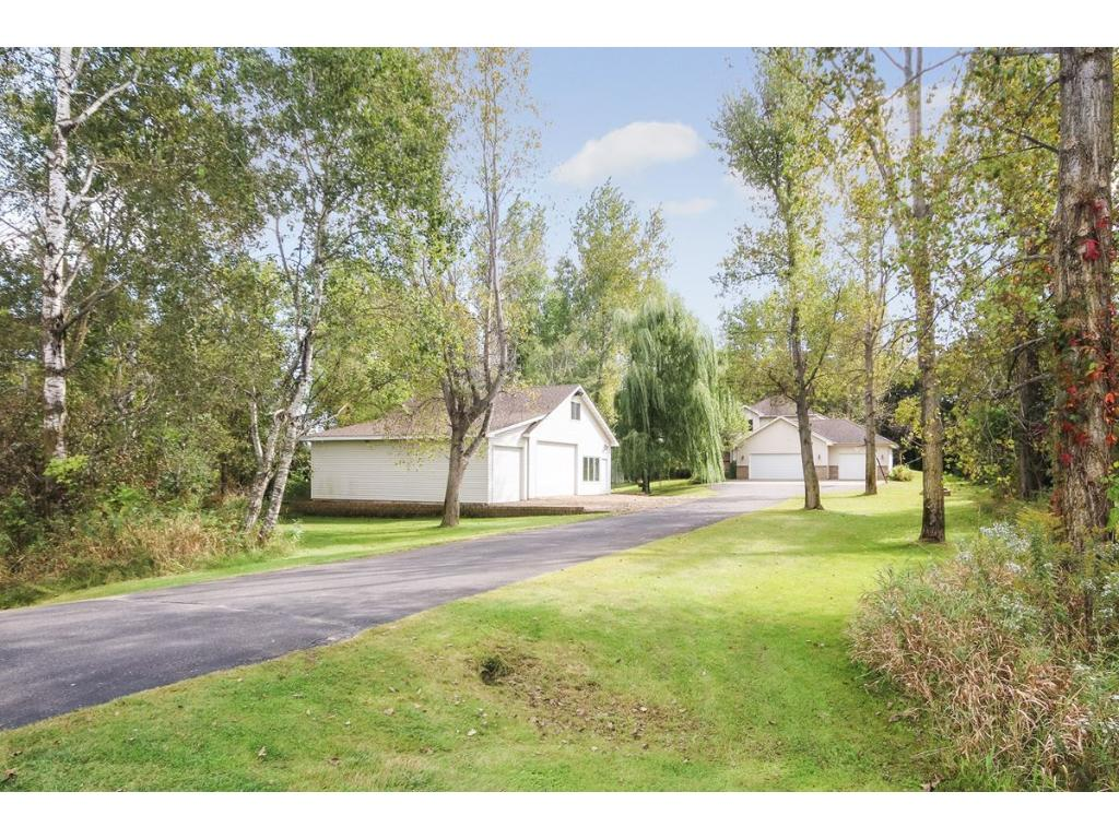 elk river chatrooms See details for 201 norfolk avenue nw, elk river, mn, 55330 - elk river, single family, 4 bed, 3 bath,  ask a question chat with us or call 9529285563 sign in.