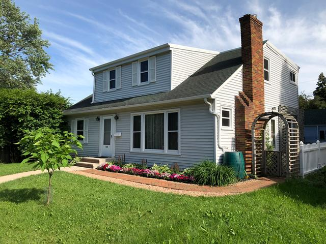 falcon heights chatrooms Storybook 1 1/2 story cape cod nestled in heart of falcon heights beautiful hardwood floors, cozy fireplace, spacious room sizes, natural light throughout and plenty of storage.