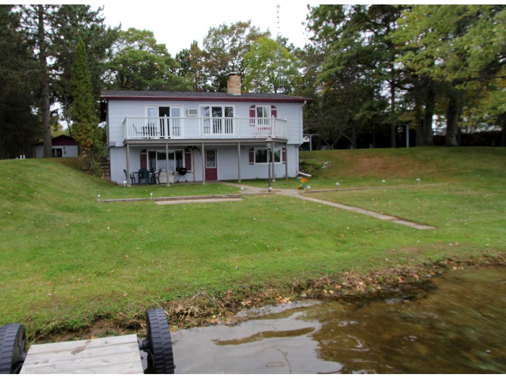 Whipple Lake home with year round guest house.