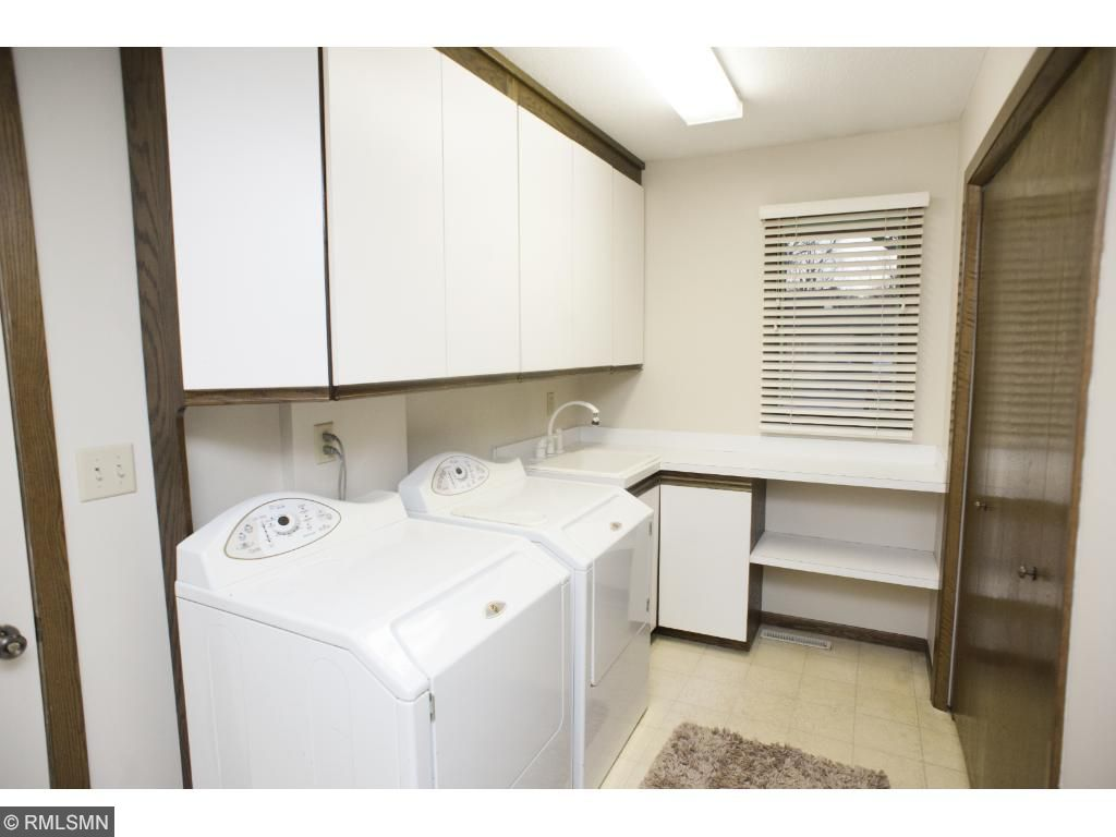 Laundry and mud room off the garage entry.