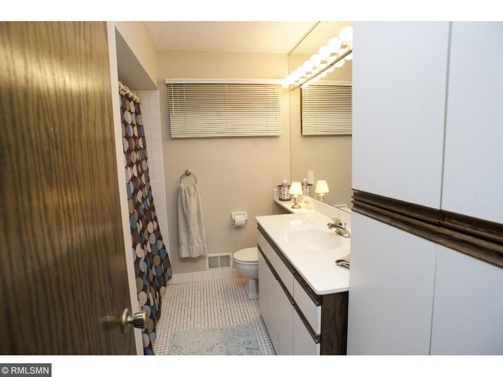 Upper level full bath for the other two bedrooms.