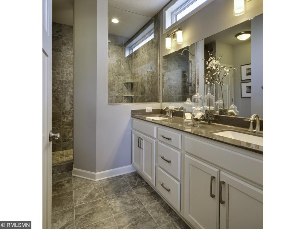 Owners Bath; for illustrative purposes only. Photos are from our model home.